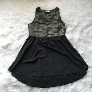 🆕ALTAR'D STATE BLACK GOLD METALLIC V-NECK DRESS